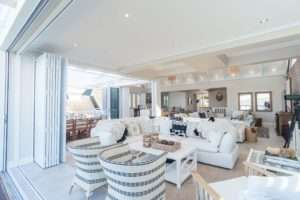 LIVING AREAS 16